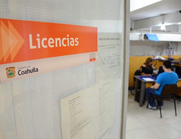 Aprovecha los descuentos en licencias y placas