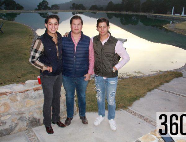 Jesús González Sepúlveda, Emiliano Padilla Uribe y Mario Dávila Cornejo organizaron una gran fiesta para celebrar sus 18 años de vida en Terra Serena.