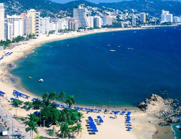 9 hoteles para pasar Navidad en Acapulco