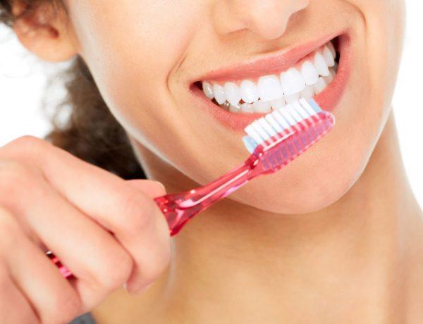 En esta época solemos prevenir los resfriados, pero también podemos hacer algo para cuidar nuestros dientes