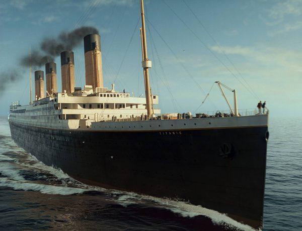 El hundimiento del Titanic es uno de los accidentes marítimos más famosos y recordados en la historia