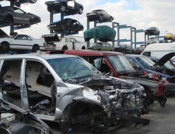 autos-chatarra-reciclaje-reutilizar-medio-ambiente-contaminacion-e1546887112245