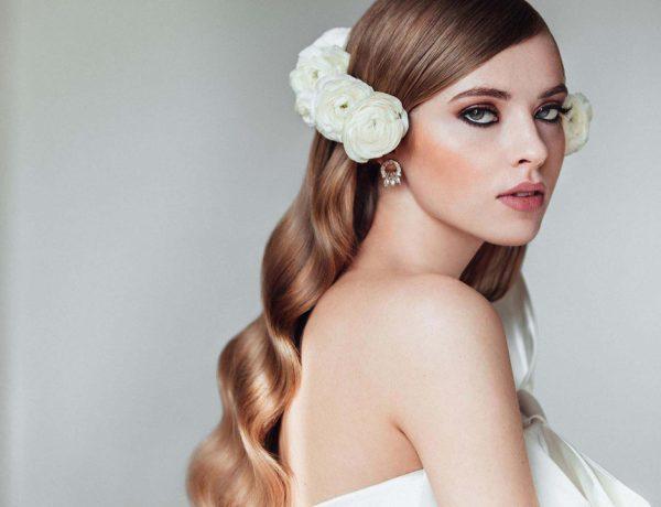 Crisanto Blanco, director de peluquería de la Valmont Barcelona Bridal Week da las claves esenciales en las tendencias que se imponen las próximas temporadas sobre el cabello de las novias.