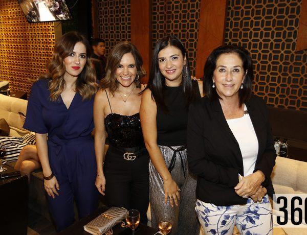 Susy Cadena, Pili de León, Cecy Castillo y Lourdes Verasterigoutia.