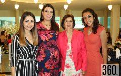 Cinthia Ordieres, Cristina Ordieres y Betty Camacho con la festejada.