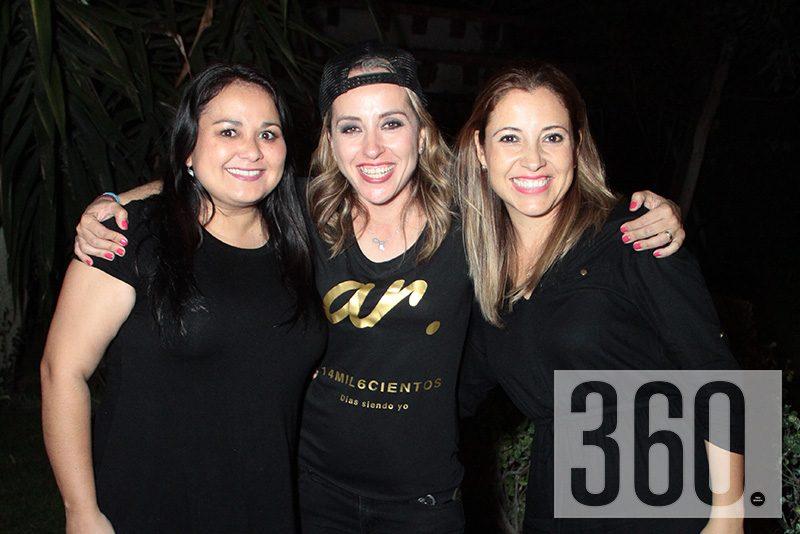 Marisol Mireles, Angeles Riojas y Cristina Vargas.