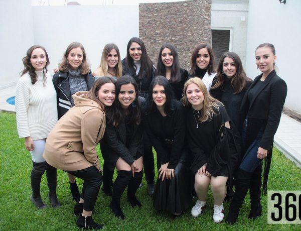 Mariana Dainitin y sus mejores amigas.