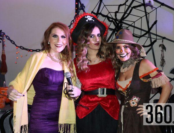 Lucy Cadena, Karla Cadena y Billy de León.