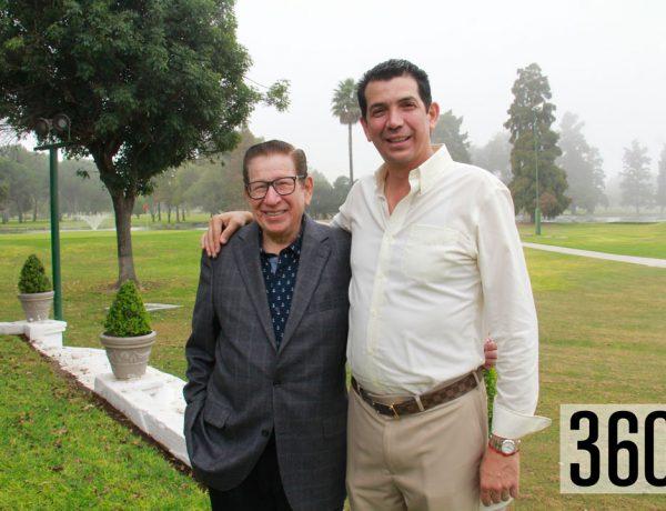 Don Héctor Medrano felicito a su hijo Héctor Medrano Flores.