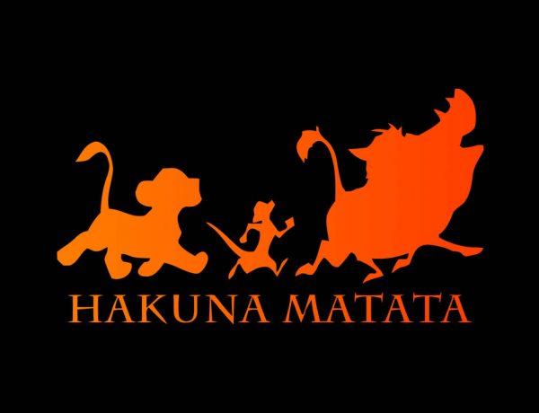 """Disney en problemas por """"Hakuna Matata"""" La frase se hizo popular por la cinta """"El rey león"""" (1994) y recientemente se acusó a la empresa de apropiación cultural"""