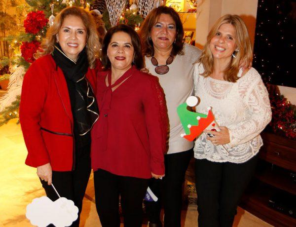Lucila Ruiz de Mendoza, Mireya Garza, Norma Siller y Pamela Tatum.