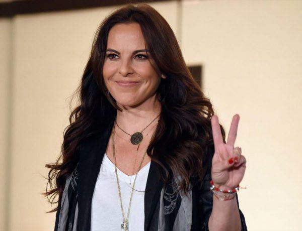 La actriz dio una conferencia de prensa en un hotel cercano a Chapultepec