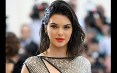 El clan Kardashian-Jenner siempre se encuentra el último grito de la moda