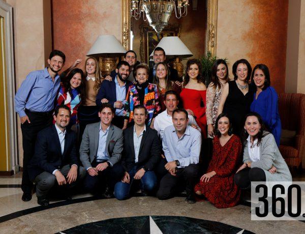 Neca Castilla de Dewey festejó su cumpleaños acompañada por su familia.