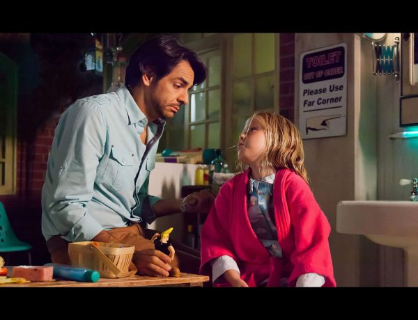 """Los usuarios se emocionaron al ver la transformación de Eugenio Derbez y Loreto Peralta, pues recuerdan con cariño la película """"No se aceptan devoluciones"""""""