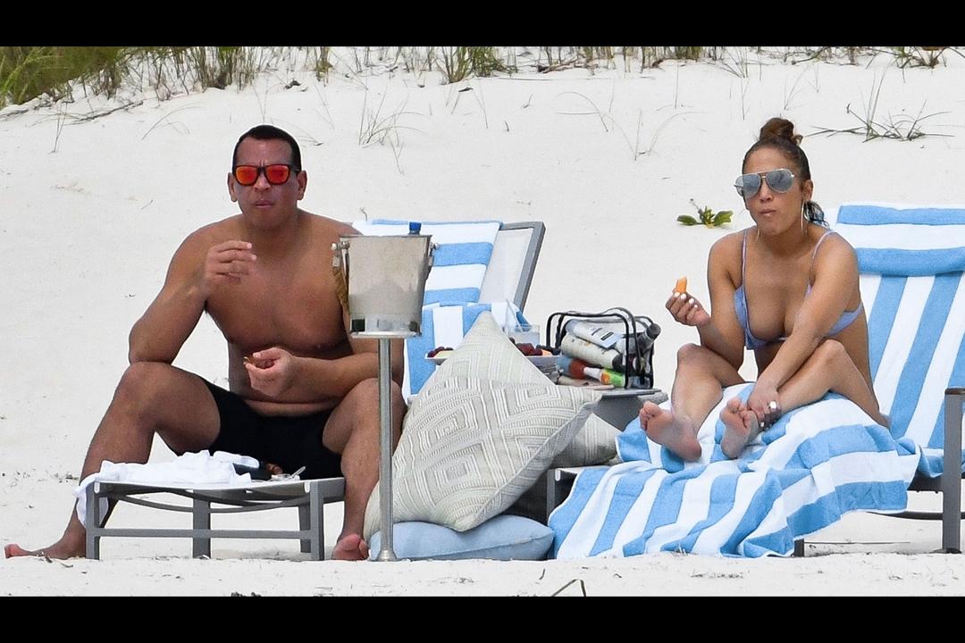 Jose Canseco asegura que Alex Rodríguez engaña a la cantante con su exesposa, Jessica Canseco