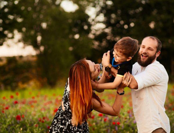 ¿CÓMO RESOLVER ASERTIVAMENTE LAS DIFERENCIAS FAMILIARES?