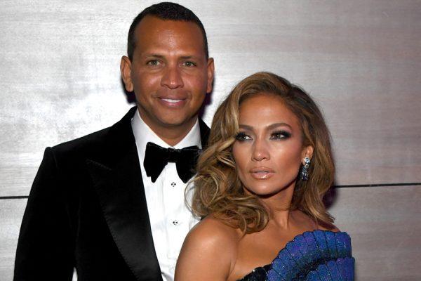 Los escándalos de infidelidad no se han detenido desde que se anunció el compromiso de la pareja en marzo