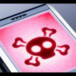 Los teléfonos celulares se han convertido en el nuevo blanco de los hackers, pues cuentan con mayor información personal que las computadoras.