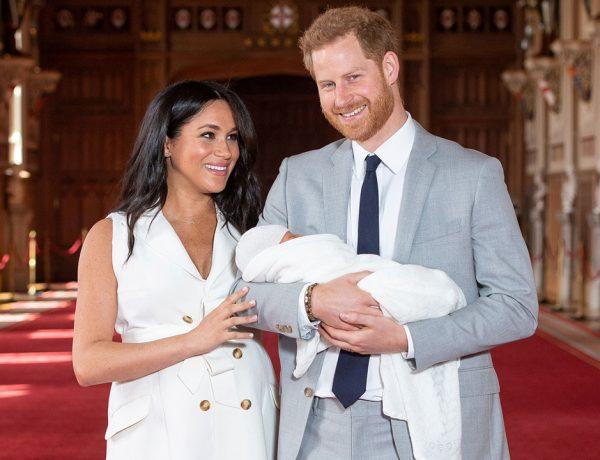 La pareja presentó al bebé ante los medios de comunicación a 48 horas de su nacimiento