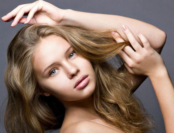 No sólo de shampoos, mascarillas y cepillos viven las súper melenas. Aquí están todas las pruebas.