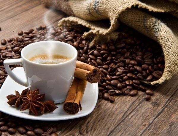 No hay cosa más deliciosa que un buen café con un toque de canela. Además de rico, te ayuda a quemar grasas sin esfuerzo.
