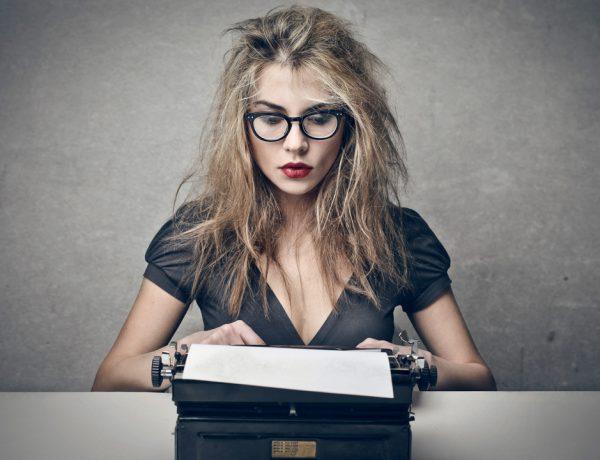 Desde escribir un mensaje de texto, hasta hacer una autobiografía, la redacción es parte de nuestro día a día.