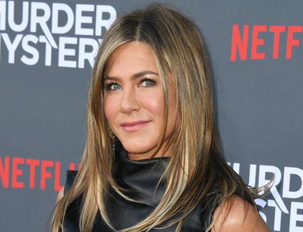 Jennifer-Aniston-Murder-Mystery-Premiere-June-2019