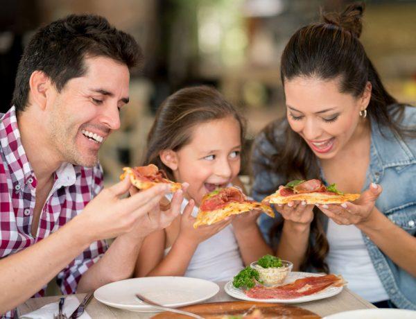 Consiente a papá con una comida increíble.