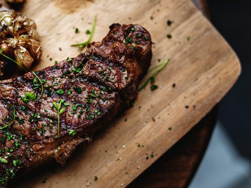 Existen muchas variedades de carne con diferentes porcentajes de grasa y nutrientes.