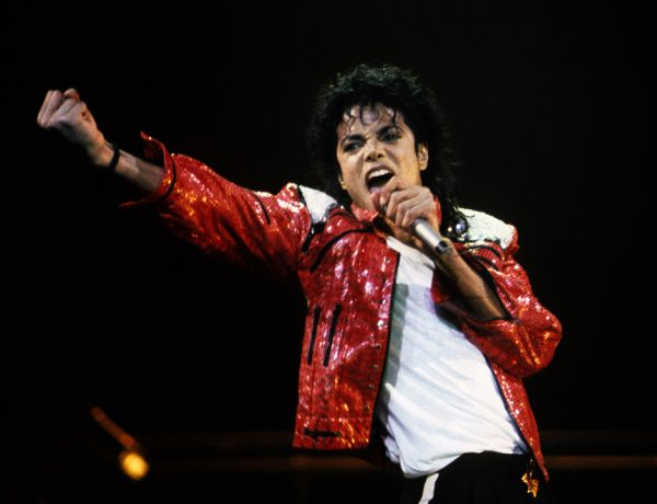 La vida de Michael Jackson estuvo llena de polémicas, pero también de talento y grandes éxitos. Por ello, es uno de los artistas que más ha influido en la cultura popular.