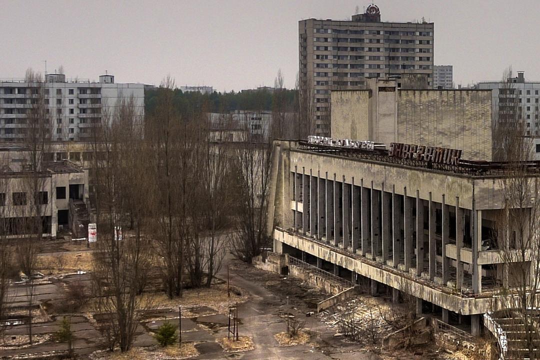 Chernobyl y Auschwitz son algunos de esos sitios, ya sea por seguridad o respeto.