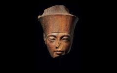 El próximo 4 de julio se subastará una figura del rostro del dios Amón con los rasgos del faraón Tutankamón, a pesar de las peticiones de Egipto para recuperar la pieza.