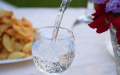 La hidratación es un factor muy importante para protegernos de la ola de calor que acecha estos días.