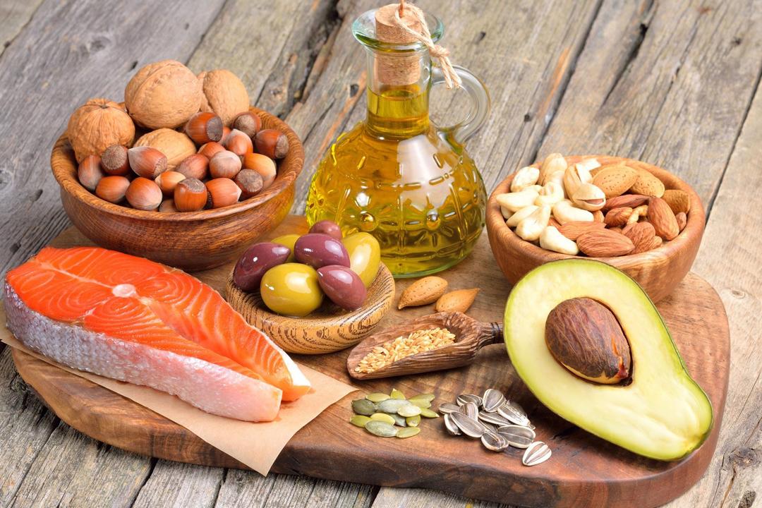 Las dietas bajas en carbohidratos podrían ayudar a mejorar problemas cognitivos del cerebro