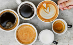 Si te encanta el sabor del café, pero sus propiedades te hacen sentir mal, no te preocupes, el descafeinado puede ayudarte.