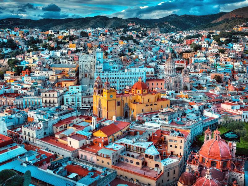 Conoce precios, ubicación y opciones de alojamiento durante el festival cultural.