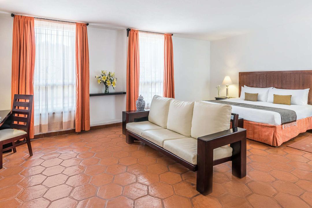 Conoce precios, ubicación y opciones de alojamiento en Guanajuato durante el Festival Cervantino, uno de los más importantes del país.