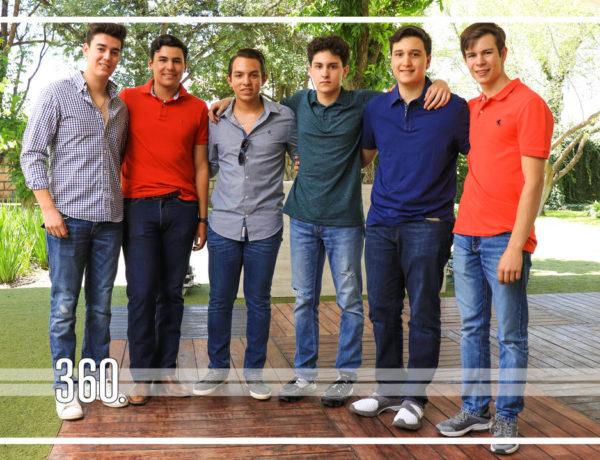 Eduardo Cárdenas Carrillo, saltillense de 16 años de edad, se reunió con sus amigos y familia en La Casa de Arriba