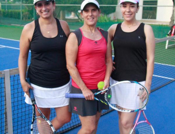 Cecilia García Elizondo, Adriana Sama y Paola Villarreal celebraron su cumpleaños en el Dual Meet.