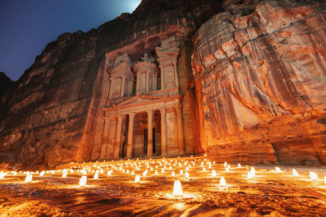 JORDANIA, PETRA LA CIUDAD by night