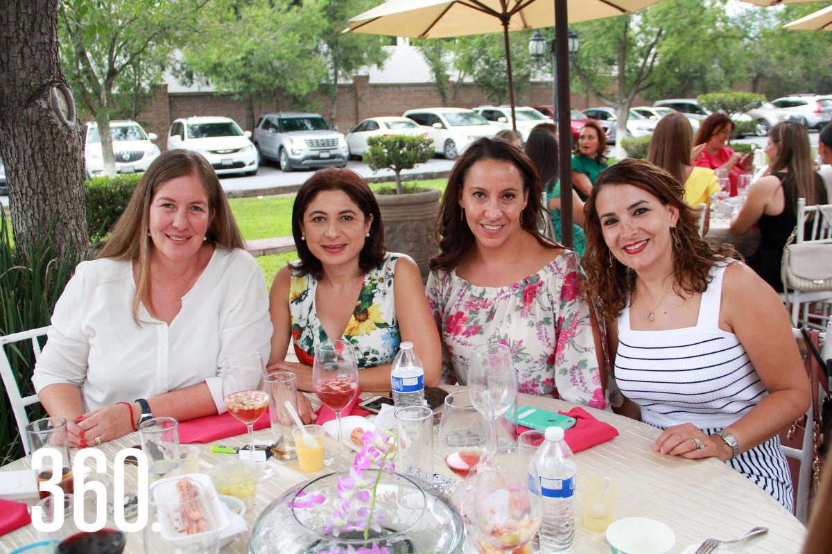 Karla Gómez, Laura Velázquez, Ana Gómez y Amadelia de los Santos.