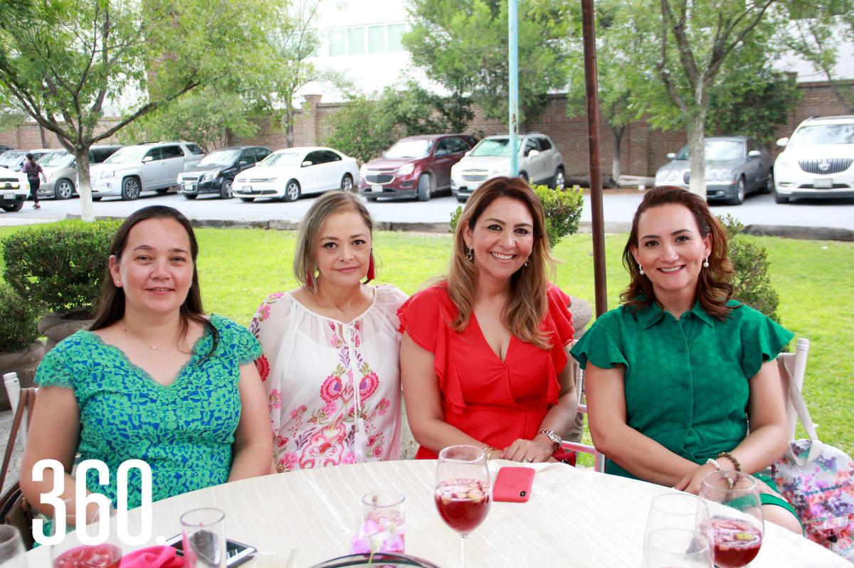 Saily Peña, Mónica Pesqueira, Nidia Martínez y Gaby Martínez.
