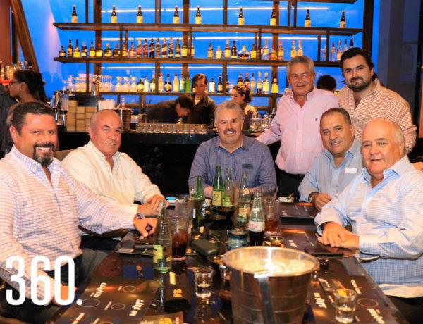 Pancho Talamás, Ernesto Arroyo, Gerry Rodríguez, Jorge César, Ricardo Álvarez, Héctor Rivera y Alejandro Gutiérrez.