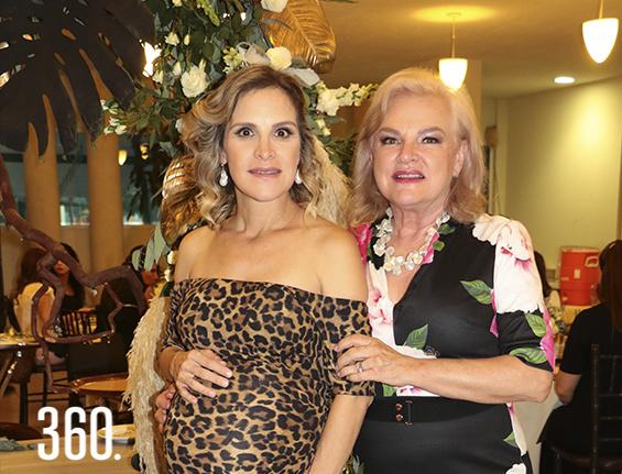 Mariana González García y Gloria García de González