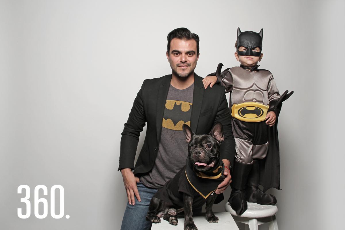 Ricardo Sandoval Magallanes comparte un poco de su vida con su perro Jack, un bulldog francés.
