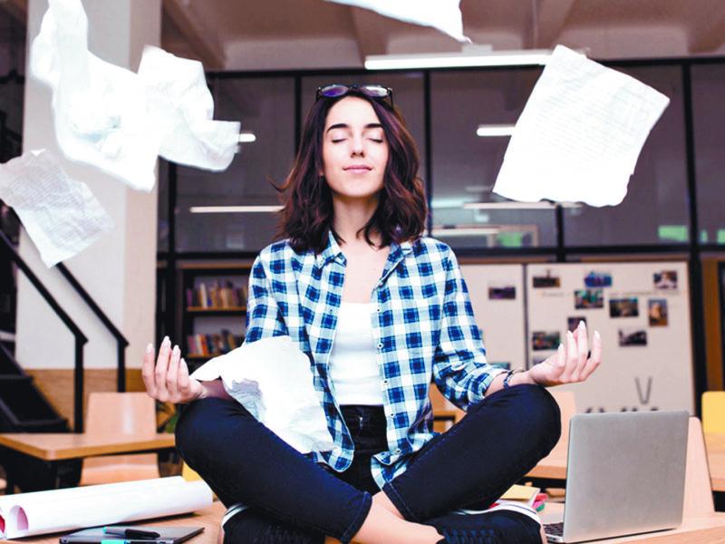 Adaptacion al trabajo y la universidad