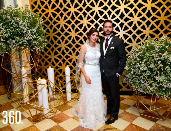 Alba de los Santos Muñoz y Jorge Rodríguez Hernández. Nota Alba de los Santos Muñoz y Jorge Rodríguez Hernández unieron sus vidas en matrimonio el sábado 8 de noviembre, con una elegante boda e iniciar una nueva vida juntos. Luego de su noviaz