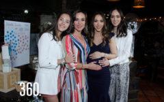 Melissa acompañada por su mamá Melissa Moeller de López y sus hermanas, Isabela y Lucina López, organizadoras de su festejo prenatal.