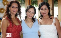 Melisa con su suegra y madre, Claudia Gracida y Betty Jurado.